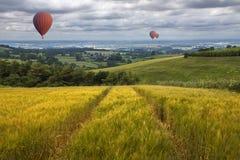 Ballonger för varm luft - östliga Yorkshire Wolds - England Fotografering för Bildbyråer