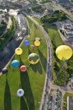 Ballonger för varm luft i Vilnius Arkivbilder
