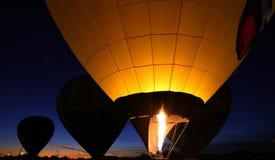 Ballonger för varm luft och en gasbrännare Royaltyfri Foto