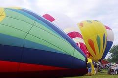 Ballonger för varm luft som sparar med luft Arkivfoto