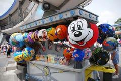 Ballonger i den disney världen arkivfoton