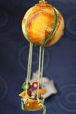 ballongparhunden gjorde orange lopp Arkivbild