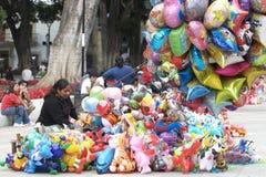 ballongsäljare royaltyfria bilder