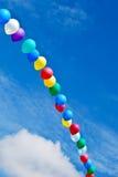 Ballonlichtbogen im Himmel stockbild