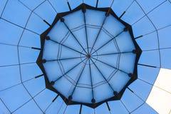Ballons à air chauds dans le ciel images libres de droits