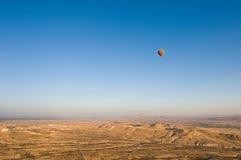 Ballons au-dessus de Cappadocia Photographie stock libre de droits