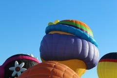 Ballons d'air chaud dans le ciel Photos libres de droits