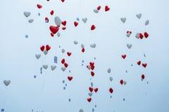 Ballons dans le ciel Photographie stock libre de droits
