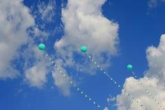 Ballons et ciel bleu Photos libres de droits