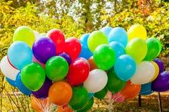 Ballons in Gele de Herfsttijd van het de herfstpark Stock Afbeeldingen