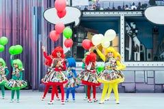 Ballons i dziewczyny obrazy royalty free