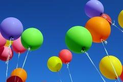 Ballons multicolores image libre de droits