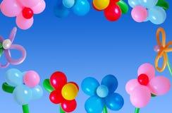 Ballons no céu do fundo Fotos de Stock Royalty Free