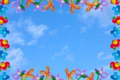 Ballons no céu do fundo Imagens de Stock Royalty Free