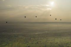 Ballons over de Tempels van Bagan Stock Fotografie