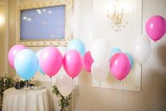 Ballons på band Royaltyfri Bild