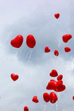 Ballons rouges de coeur Photos libres de droits
