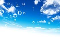 ballons rozjaśniają niebo czystego szablon Obrazy Stock