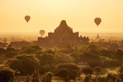 Balloon over Bagan Royalty Free Stock Image