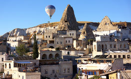 Balloon over Goreme Royalty Free Stock Images