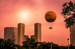 Balloon over Singapore Royalty Free Stock Photos