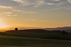 Ballooning at sunset Royalty Free Stock Photos