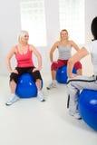 balls elder exercising fitness women στοκ εικόνες