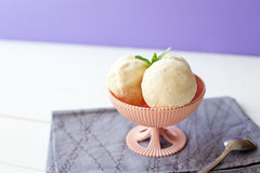 Balls of ice cream in bowl Royalty Free Stock Photos