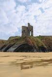 ballybunion城堡峭壁老废墟 免版税库存照片