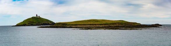 Ballycotton灯塔&海岛 免版税库存照片