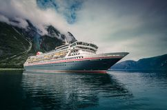 Balmoral del barco de cruceros en Eidfjord, Noruega imagen de archivo libre de regalías