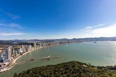 Balneario Camboriu海滩城市视图  圣卡塔琳娜州 免版税库存图片