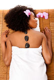 Balneario del día de la salud de la belleza - terapia caliente del lastone Fotos de archivo libres de regalías