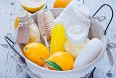 Balneario del limón de la cesta Fotos de archivo libres de regalías