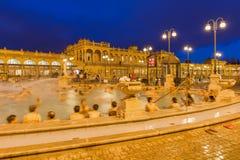 Balneario termal del baño de Szechnyi en Budapest Hungría Fotos de archivo