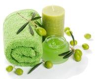 Balneario y aromatherapy fijados con las aceitunas Fotografía de archivo libre de regalías