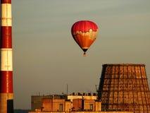 balon powietrza w fabryce zbyt gorąco Obraz Stock