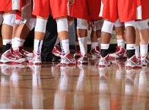 Baloncesto de la High School secundaria imagenes de archivo