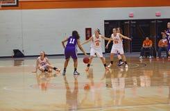 Baloncesto de las muchachas del NCAA Fotos de archivo