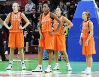 Baloncesto de las mujeres. UGMK contra los E.E.U.U. Fotografía de archivo libre de regalías