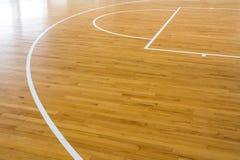Baloncesto de madera del piso Fotografía de archivo