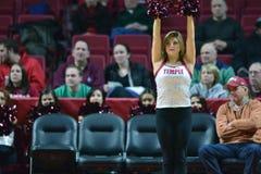 2014 baloncesto del NCAA - acción del juego del templo de Towson @ Imágenes de archivo libres de regalías