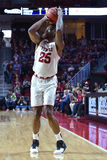 2016 baloncesto del NCAA - Cincinnati en el templo Fotos de archivo