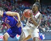 2014 baloncesto del NCAA - el baloncesto de los hombres Fotos de archivo
