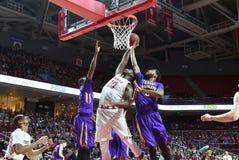 2015 baloncesto del NCAA - el Templo-ECU Fotografía de archivo libre de regalías