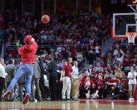 2015 baloncesto del NCAA - el Templo-ECU Fotos de archivo libres de regalías