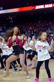 2015 baloncesto del NCAA - el Templo-ECU Fotografía de archivo