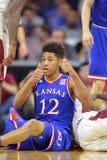2014 baloncesto del NCAA - Kansas en el templo Imagen de archivo libre de regalías