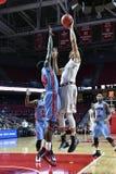 2015 baloncesto del NCAA - templo contra el estado de Delaware Imagen de archivo