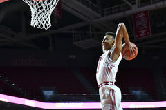 2015 baloncesto del NCAA - templo contra el estado de Delaware Foto de archivo